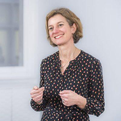 Sarah Lyons Executive Coach