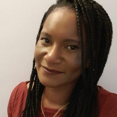 Simone Williams Headshot